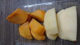 リンゴと柿.jpg